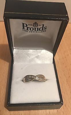 9ct yellow gold ring with Baguette Diamonds Size 0