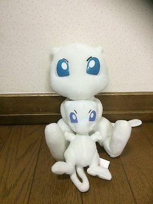 Pokemon Mew Plush toys Since it is an old thing, it is rare used goods Japan