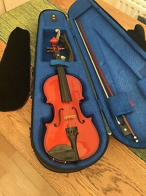 STENTOR STUDENT 1 Violin 1/4 size plus bow & hard case
