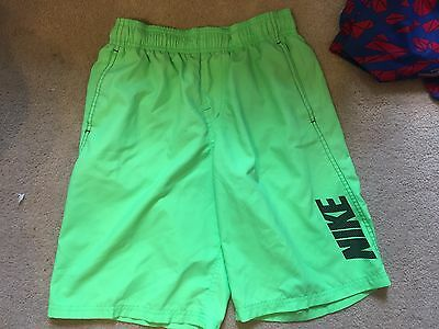 Nike  Boys Green Lined Swim Trunks  Youth Size Large Exc Condition