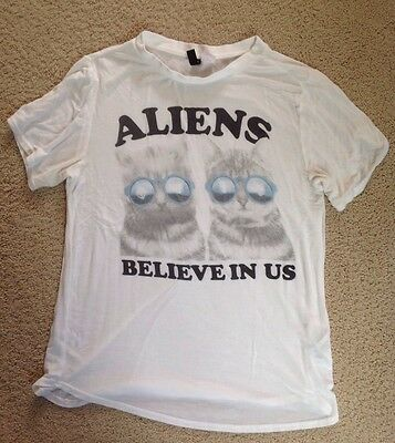 Women's H&M Divided Short Sleeve White Tee T-shirt Alien Cats~Size Small
