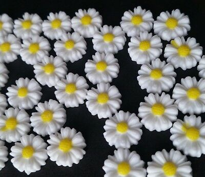 50 Daisy Flower Cabochons 9mm Round ~  Flatbacked Resin ~ Daisy Flowers