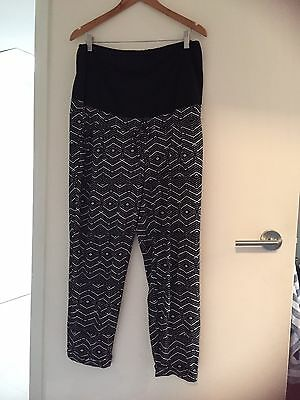 Casual Patterned Black & White Maternity Pants 14