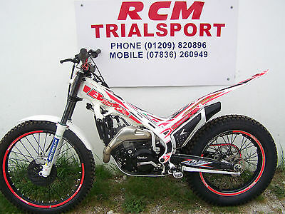 beta evo 300  2016 trials bike with factory mods ex / condition ready to ride
