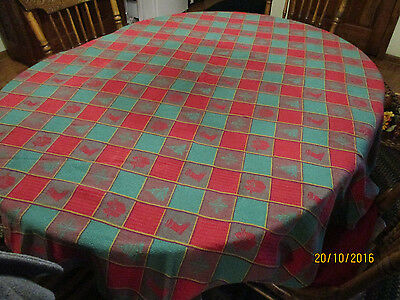 A Christmas Red/Green Plaid Oval Cotton Tablecloth w/ Christmas Trees, gifts
