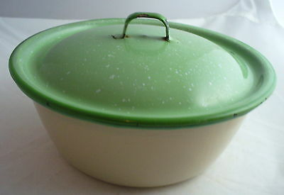 Vintage Speckled Green & Cream Graniteware Enamel Ware Covered  Pot