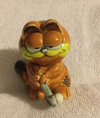 Vintage Enesco Garfield Golfing Figurine Cat
