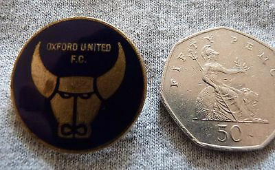 Buy It Now.....oxford United F.c.  Vintage Enamel Rare Badge. Free Postage.