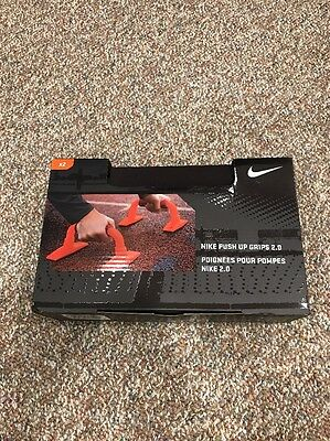 NIKE Push Up Grips Workout Training Grips 2.0 , Port Wine/Solar Red
