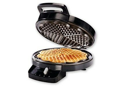 Silvercrest  Waffle Maker - 1200 W -  5 Heart Waffles At Once -Non Stick by Ilag