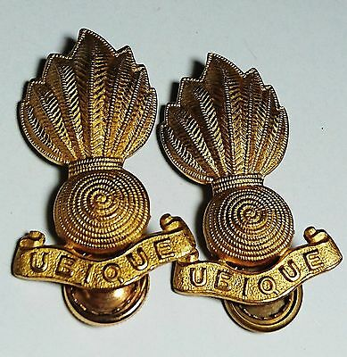 Wwii Royal Canadian Artillery Officer's Collar Ubique Badge Screwpost Gold Tone