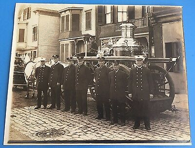 *Original* FIREMEN IN FRONT OF HORSE DRAWN STEAM ENGINE 1930's 8 x 10 Photograph