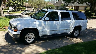 2005 Chevrolet Suburban  2005 Chevrolet Suburban 1500 LT Leather Power Fully Loaded Low Miles No Reserve