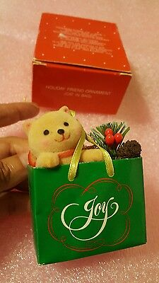 Vintage HOLIDAY FRIEND CAT IN BAG ORNAMENT from Avon Gift Collection• pre-owned