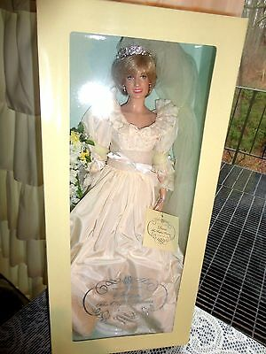 "New FRANKLIN MINT 16""Vinyl PRINCESS DIANA Doll in Wedding Ensemble  COA"