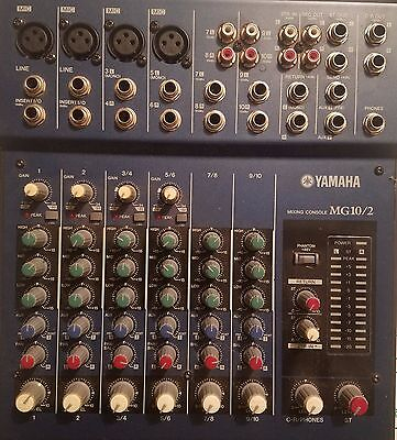 Yamaha Mixing Console MG 10/2 w/ 4 XLR Cables