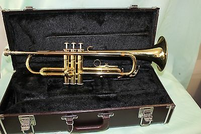 Yamaha 2320 trumpet Excellent Condition GUARANTEED TO PLAY AS IT SHOULD