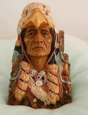 Statue Figurine Native American Indian Bust Eagle Head Dress Gr8 Cond