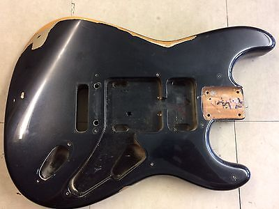 🎸 Relic Fender Squier STANDARD Stratocaster Guitar Body Black over Gold
