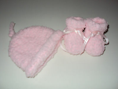 Hand Knitted Baby Gumnut Beanie And  Bootees  - Australian Made
