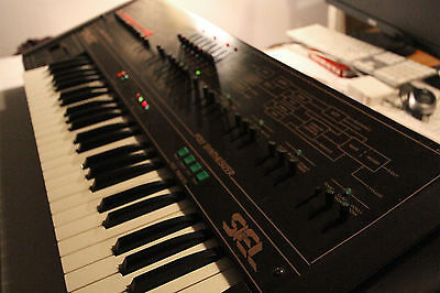 SIEL Cruise - Analog Vintage Italian Synthesizer