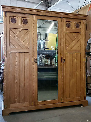 Arts and Craft Oak Carved Inlaid Triple Compactum Gents Wardrobe Linen Cupboard
