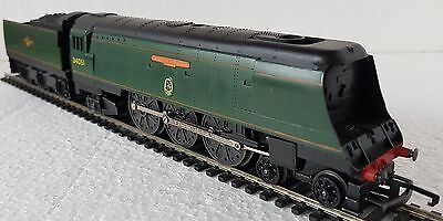 "Triang Hornby R.356S Battle Of Britain Class Loco ""winston Churchill"""