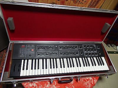 Vintage Analog Synthesizer Sequential Circuits Prophet 600 MIDI synth HOLDEN