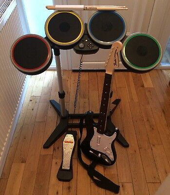 ROCKBAND 4 Drum Kit And Guitar PS4