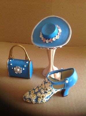 Collectable miniture  SHOE/HAT/BAG ant STAND