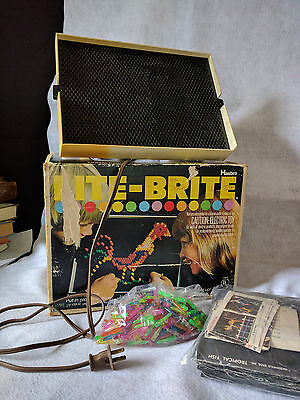 1973 LITE BRITE Vintage Hasbro Light Bright Toy Pegs used Pages WORKS BOX!!!