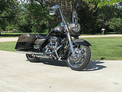 2014 Harley-Davidson Touring  2014 Harley Davidson,  Road King,  CVO, Screamin Eagle,  Touring
