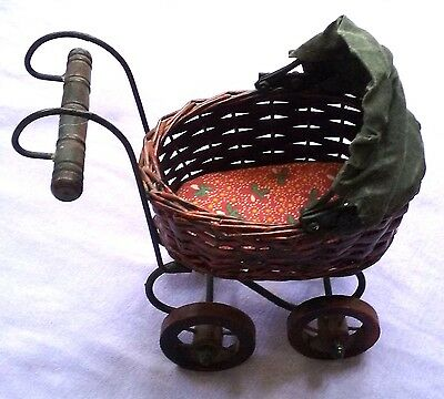 "Vng Antique Style Victorian 7"" Wicker Wood  Metal Baby Buggy Carriage Home Decor"