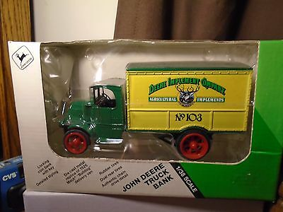 Deere Implement Company 1926 Mack Bulldog Diecast Ertl  Bank Truck  1/38 5564