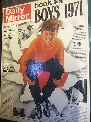 Daily Mirror Book For Boys 1971 vintage annual