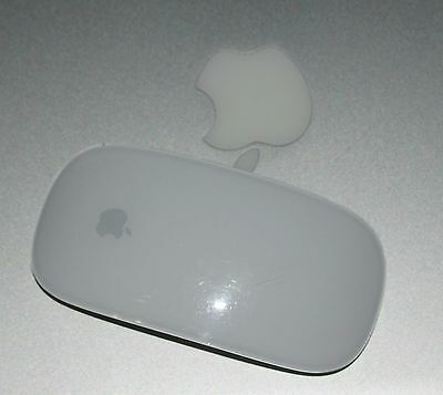 Apple Magic Mouse (Bluetooth Maus) mit Multitouch-Oberfläche