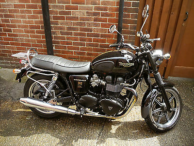 Triumph Bonneville 865 Efi Motorcycle Black 2009 Excellent Condition