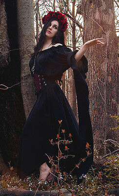 I-D-D Renaissance Faire Pirate Fairy Witch Sorceress By The Tree Chemise Gown