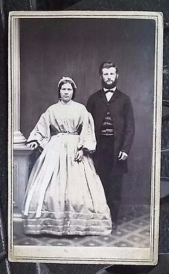 VINTAGE 1800's/1900'S PHOTO CABINET - MEN & WOMEN, DRESS, BEARD