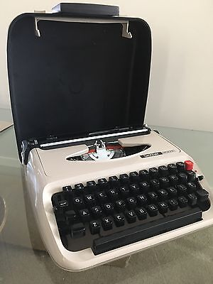Brother 300T Typewriter