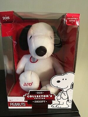 Peanuts 2015 Collector's Edition Snoopy Plush New In Box