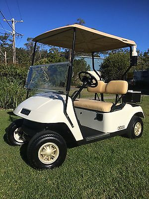 2013 E-Z-GO  Electric Golf Cart Buggy 48V with 18 month old batteries!
