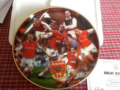 """Authentic Arsenal commemorative porcelain plate """"Great strikers"""" by Rob Perry"""