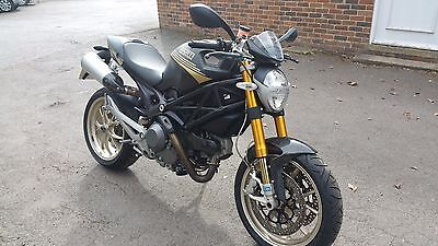 DUCATI MONSTER 1100s ABS