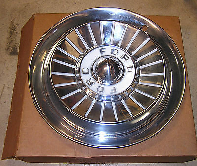 Nos 1957 Ford Car Wheel Covers