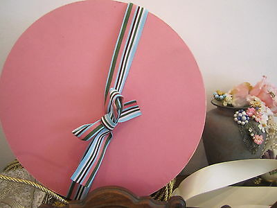 Vintage Pink Hat Box , with lid, Pink Hat Box with bow