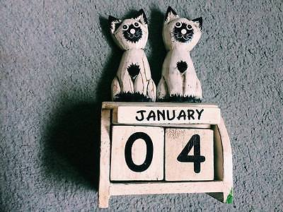 Shabby Chic style Day and Month calendar, cats