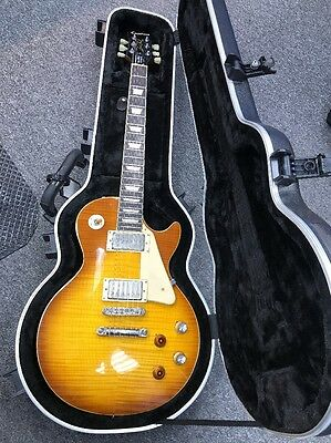 Epiphone Les Paul Standard Electric Guitar with Hardshell Epiphone Case