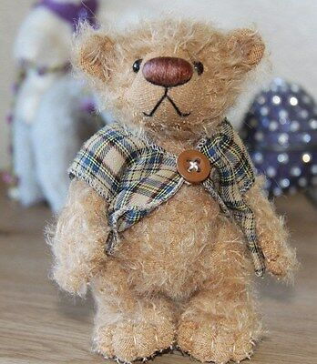 Domi Bear Toddy by Doris Minuth