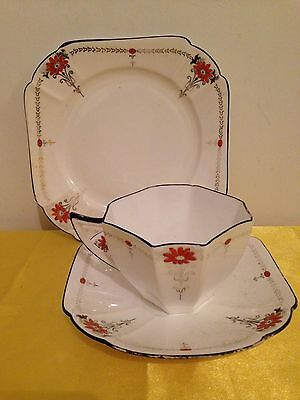 Shelley China Trio Red Daisy Pattern Queen Anne Shape 1920s